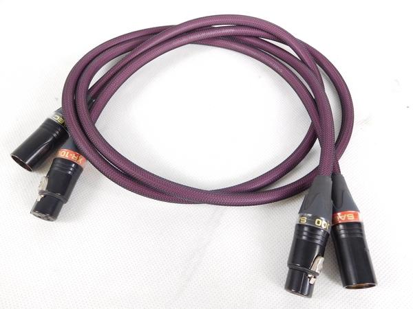 Межблочный аудио кабель SAEC XR-1000 1,5 м.