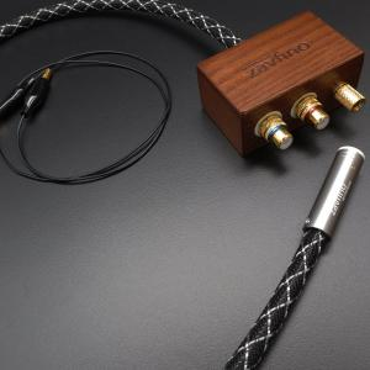 Фонокабель Zavfino The Spirit Phono Junction Box (прямой DIN-RCA) 0.45m