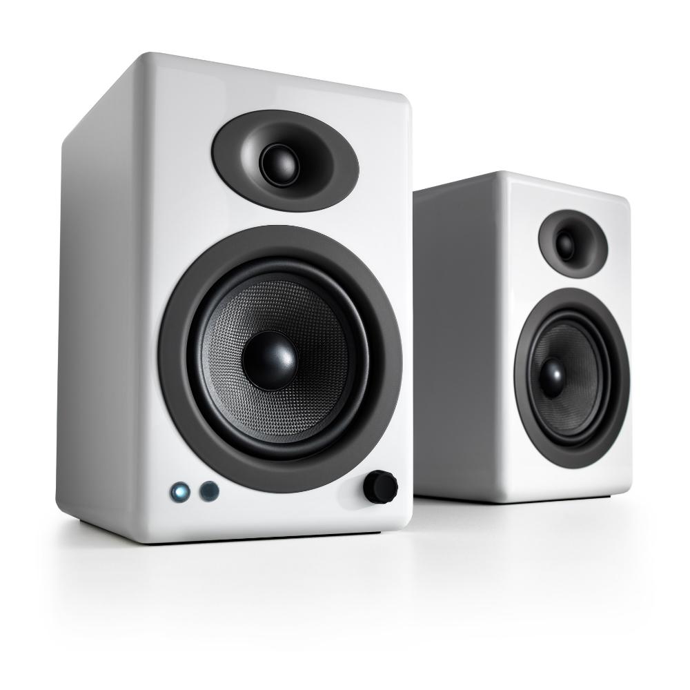 Полочная акустика Audioengine A5+ BT Hi-Gloss White