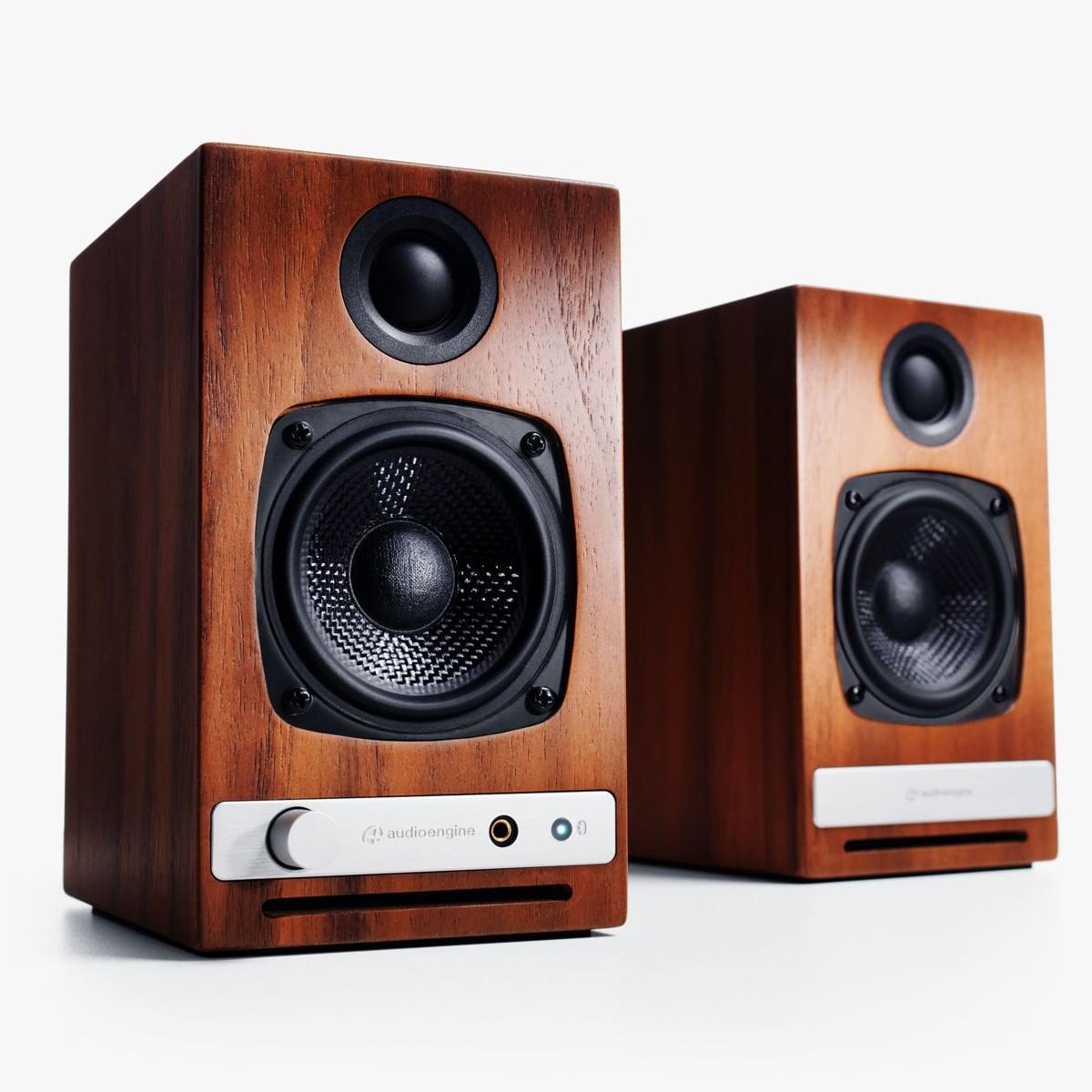 Полочная акустика Audioengine HD3 wallnut