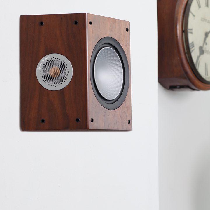 Настенная акустика Monitor Audio Silver FX (6G) walnut